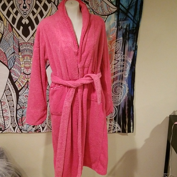 d05c37bf38 Bed   bath works Other - Bed   bath works robe for women